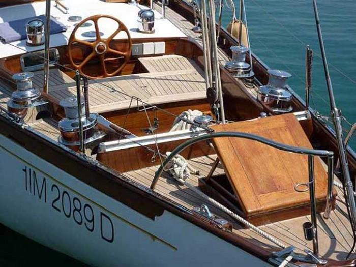58' Berthon Classic SHELMALIER – Here's one we made earlier - 9