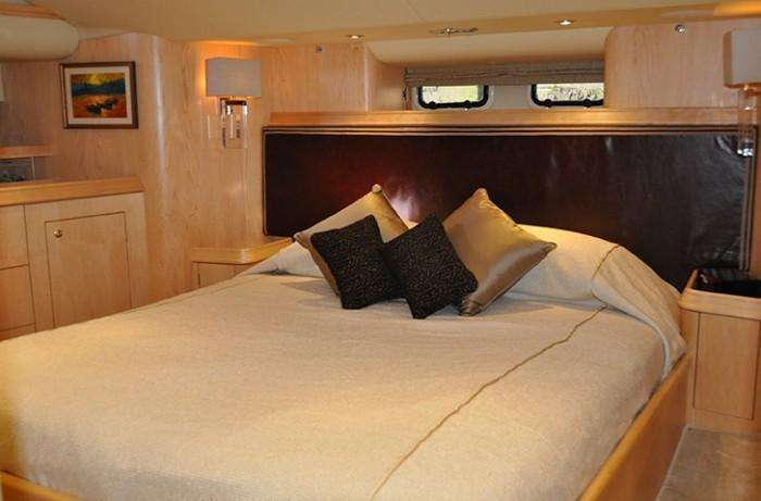discovery-67-sapphire-II-double-cabin