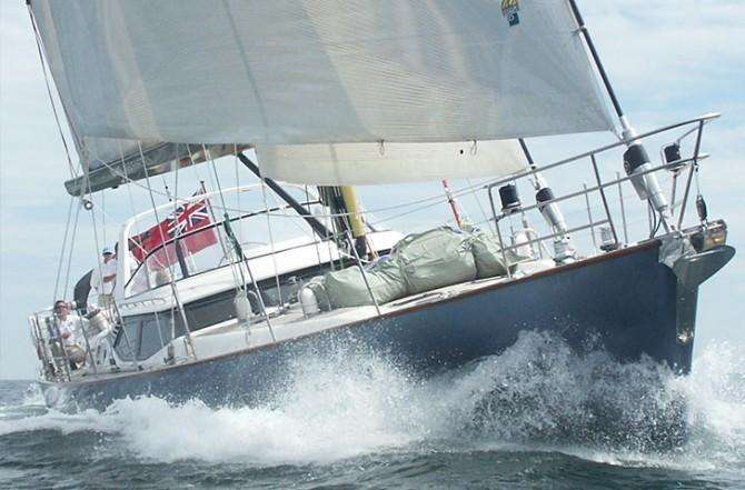 oyster-82-bare-necessities-sailing-670x441