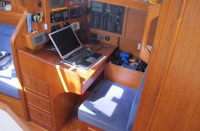 bowman-42-indra-nav-station