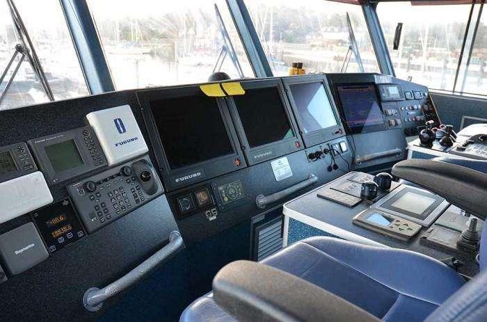 cable bay austel 27m bridge helm position