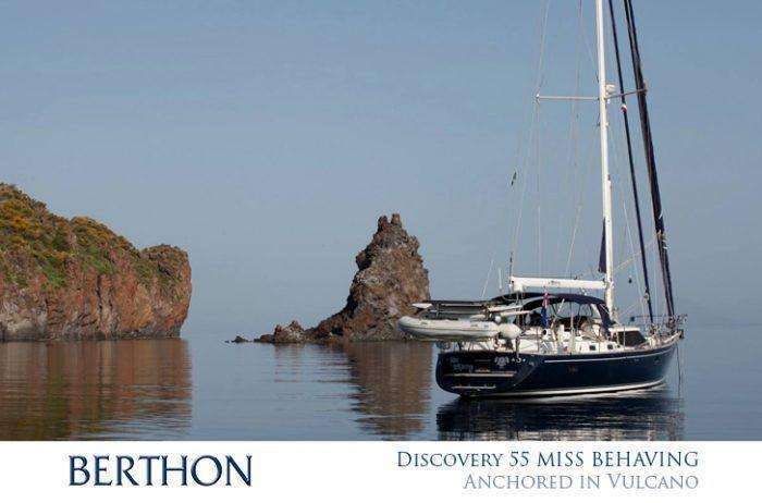discovery-55-miss-behaving-anchored-in-vulcano