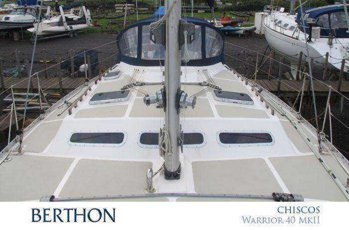charmed-by-chiscos-a-warrior-40-mkii-deck-looking-aft