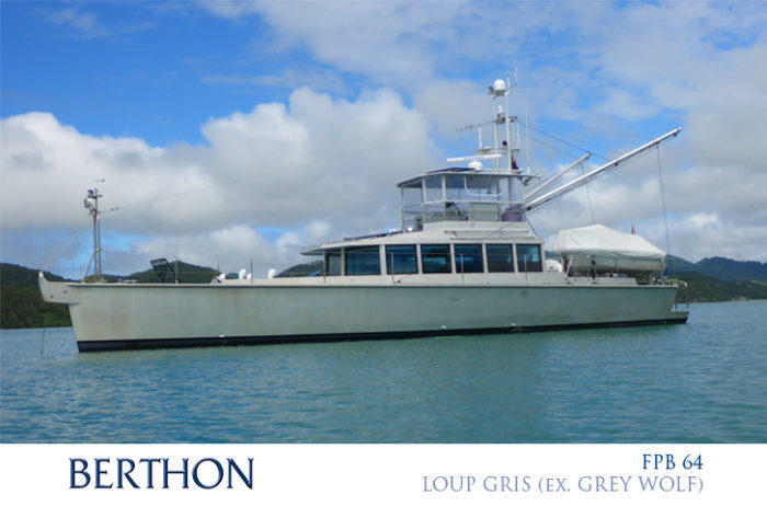 FPB 64 LOUP GRIS at anchor