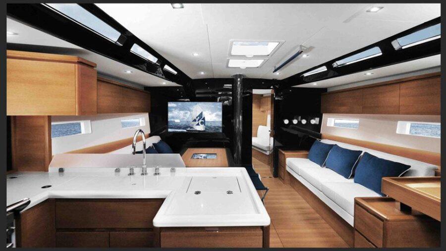 Solaris 55 Interior 2 Interior