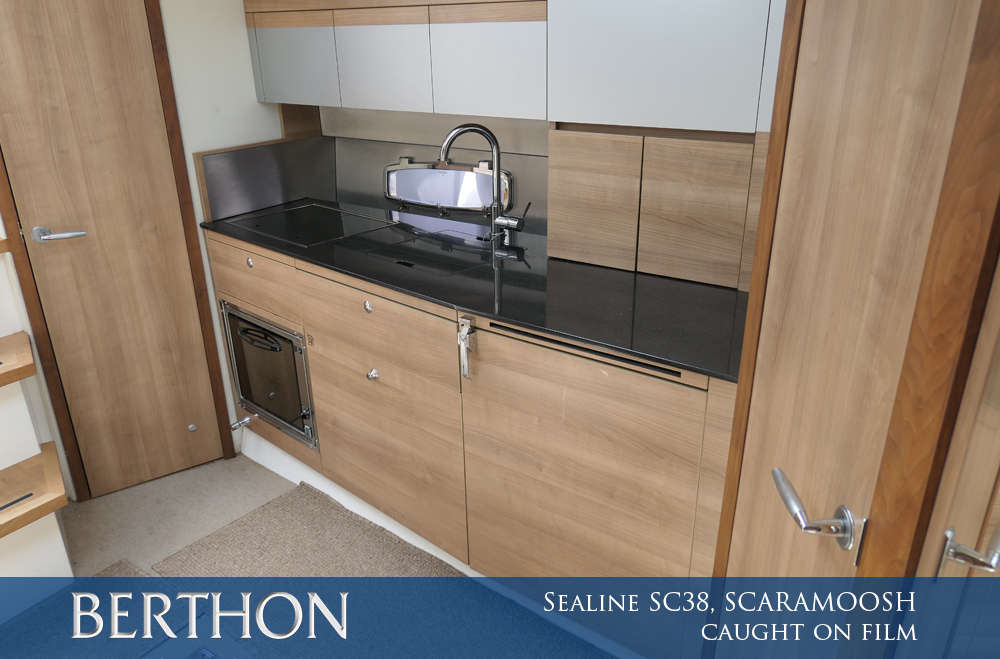 sealine-sc38-scaramoosh-caught-on-film-4