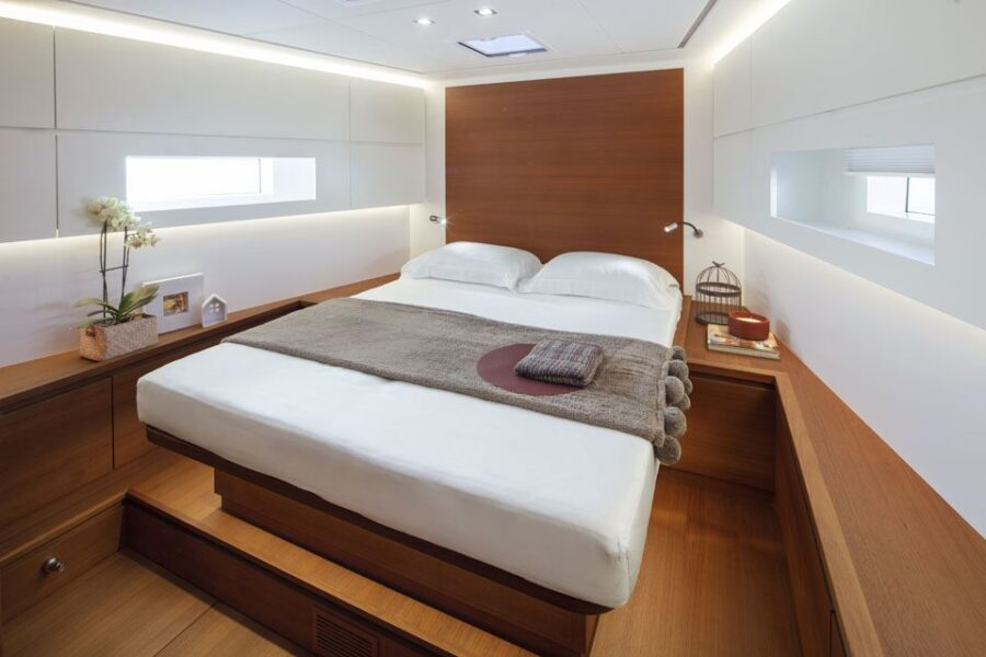 Solaris 60 Interior 1 Interior