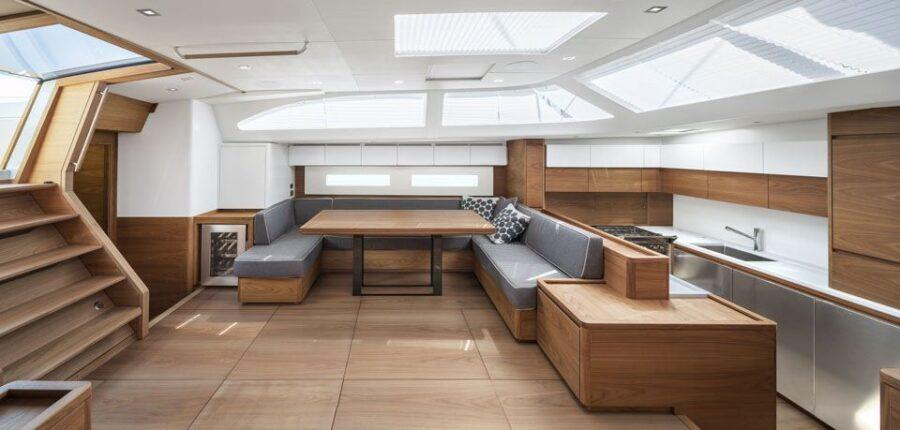 Solaris 68 RS Interior 2 Interior