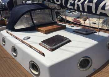 Classic Steel Marconi Schooner 35