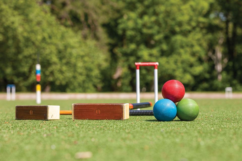 1-croquet-by-isabel-moss-berthon-uk-photography-by-harry-shutler