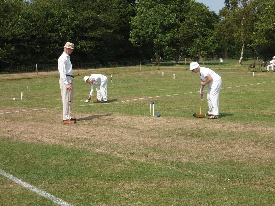 3-players-at-lymington-croquet-club