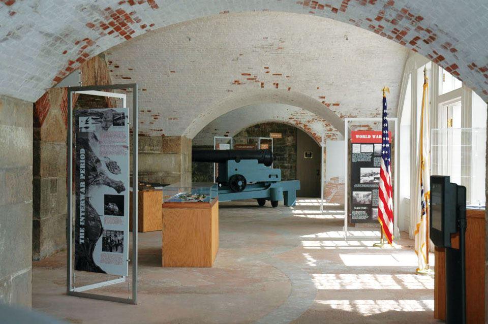 6-fort-adams-casemates-museum