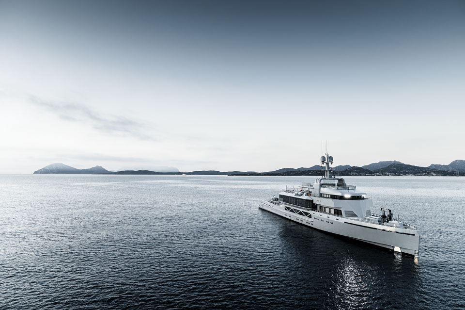 7-the-85m-bold-yacht-the-85m-bold-super-yacht