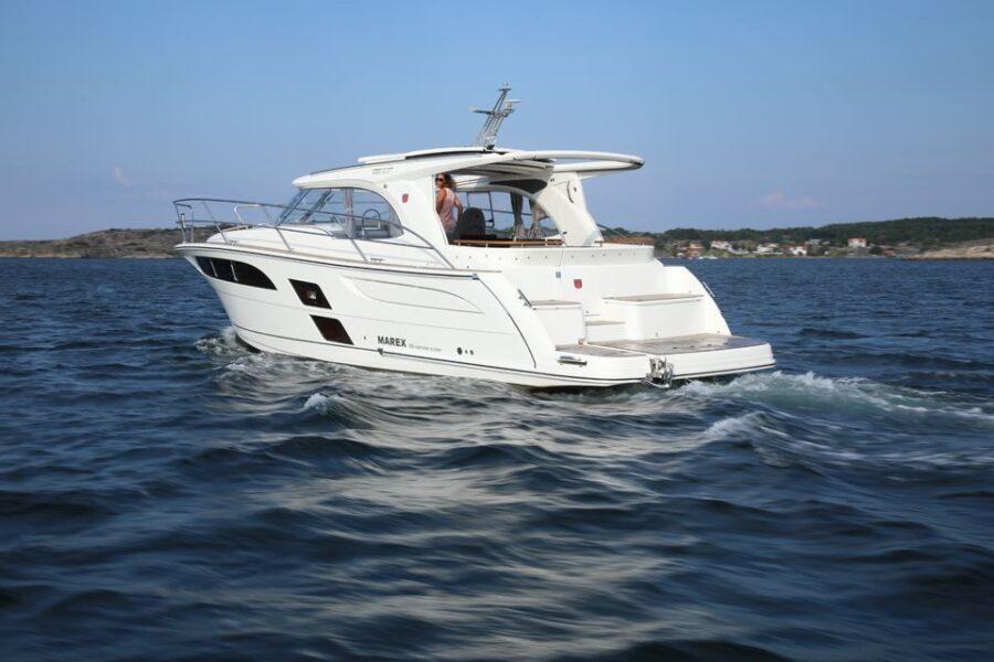 Marex 360 Cabriolet Cruiser External 10 Exterior