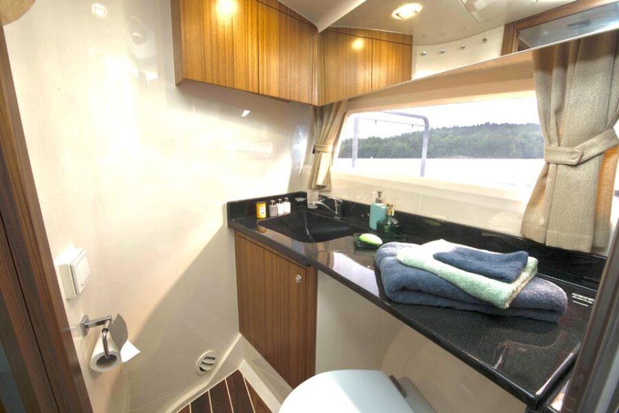 Marex 360 Cabriolet Cruiser Internal 13 Interior