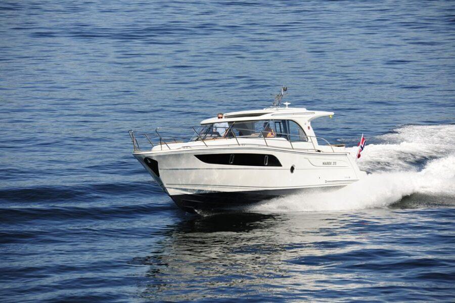 Marex 375 Cruiser External 4 Exterior