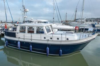 motor-yacht-review-3