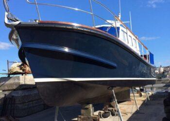Lochin 38 Motor Cruiser 2