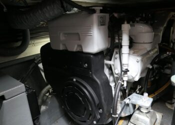 Lochin 38 Motor Cruiser 4