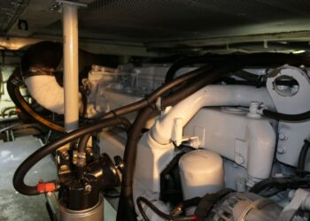 Lochin 38 Motor Cruiser 5