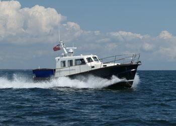 Lochin 38 Motor Cruiser, BONE IDLE