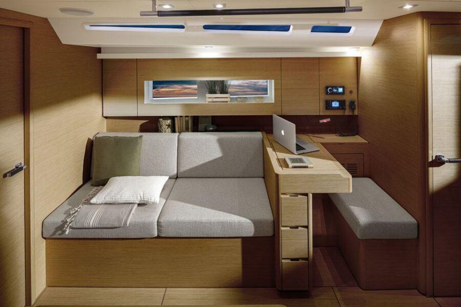 Solaris 40 Interior 7 Interior