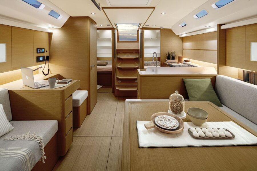 Solaris 40 Interior 8 Interior