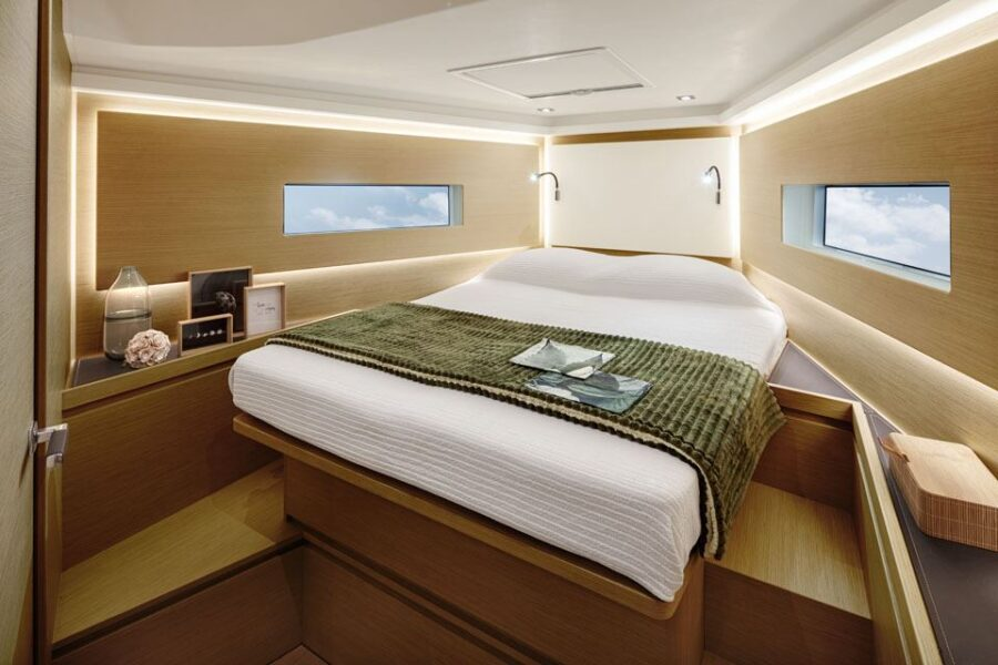 Solaris 40 Interior 1 Interior