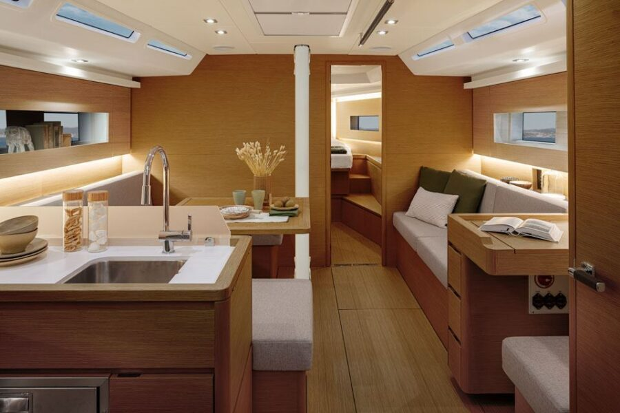 Solaris 40 Interior 4 Interior