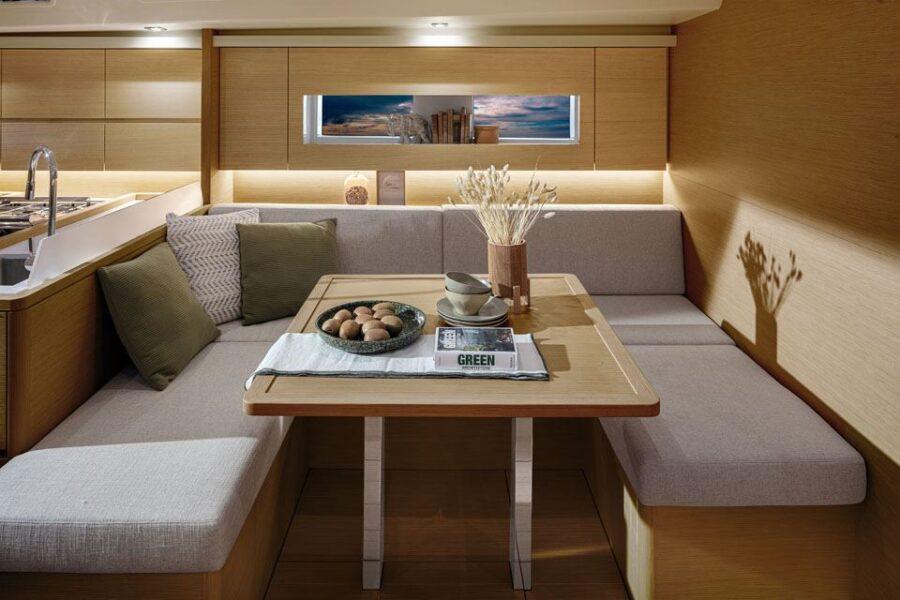 Solaris 40 Interior 6 Interior