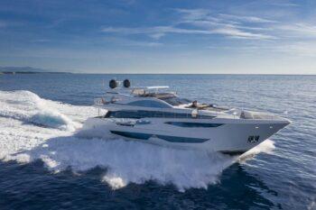 finance-pearl-yachts